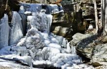 frozen waterfall - TheFarmersInTheDell.com